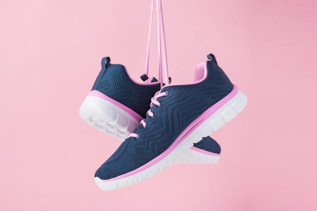รองเท้าผ้าใบสุขภาพผู้หญิง